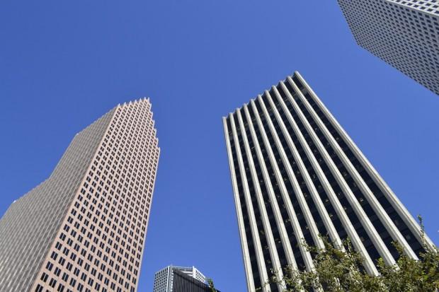 skyscrapers-2870078_960_720.jpg