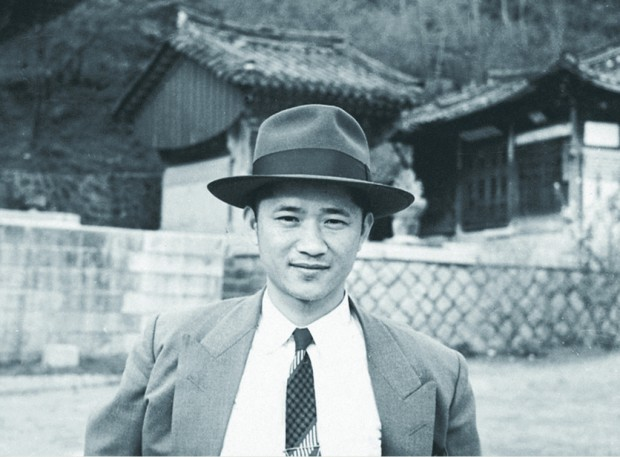 [아모레퍼시픽] 창업자 서성환 회장_젊은시절.jpg