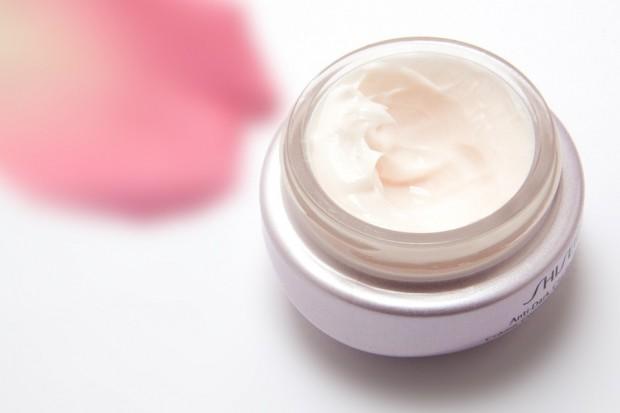 cream-194116_960_720.jpg