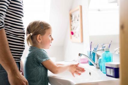 kid_hand_washing.jpg