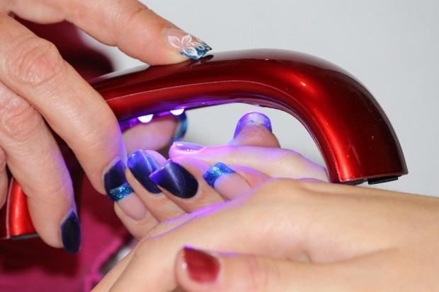 manicure-1365552_960_720.jpg