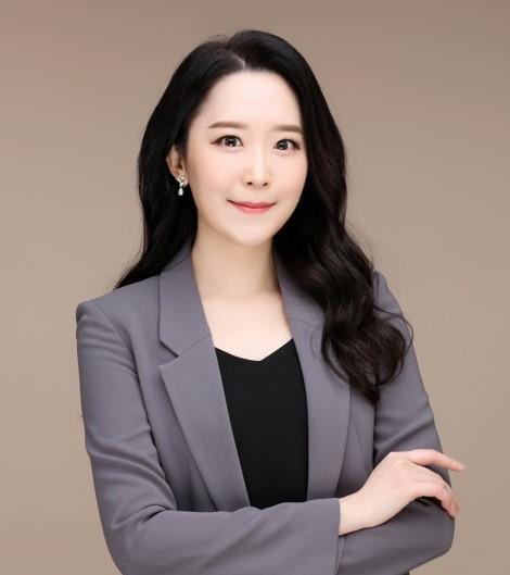 사본 -최윤영_공연칼럼니스트1.jpg