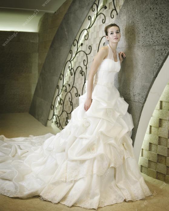 ed726494d2423 فساتين زفاف كوريه احدث فساتين الزواج الكوريه للعرايس فساتين زواج ...